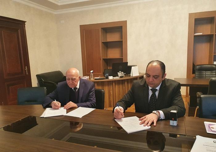 """Fizika İnstitutu ilə """"CBM Engineering"""" MMC arasında müqavilə imzalanıb"""